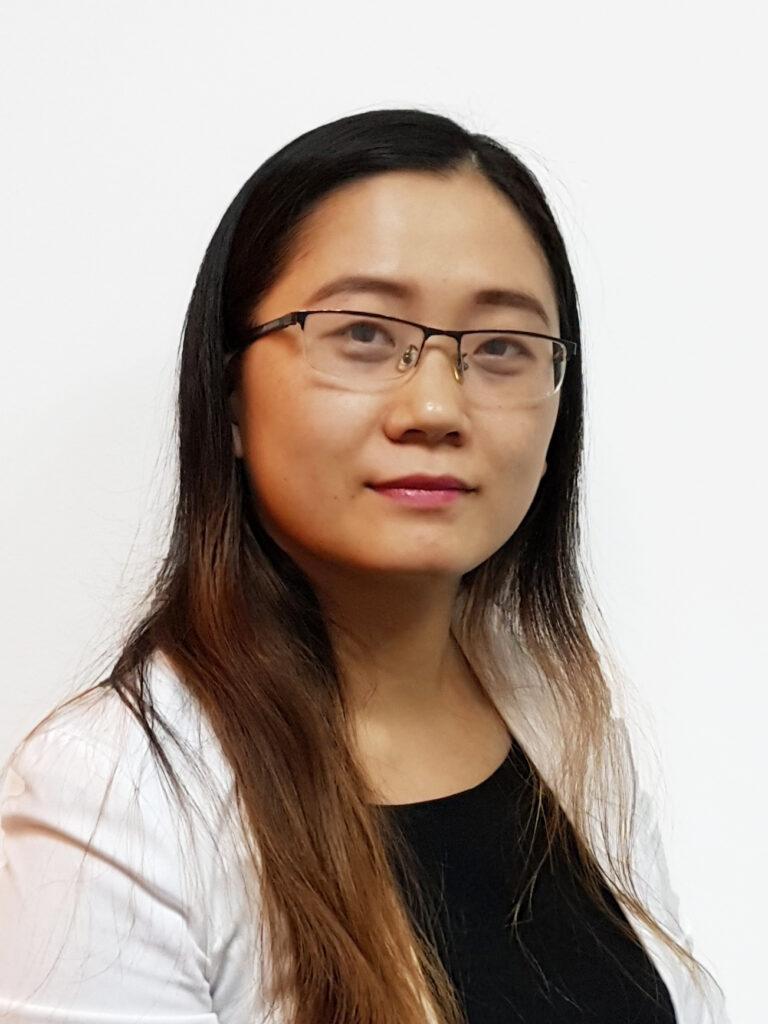 Nguyen Thi Hoa 27