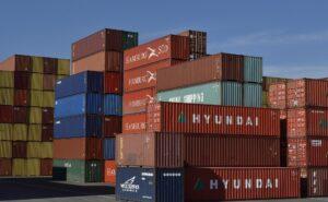 Một số lưu ý đối với doanh nghiệp sử dụng lao động nước ngoài 1